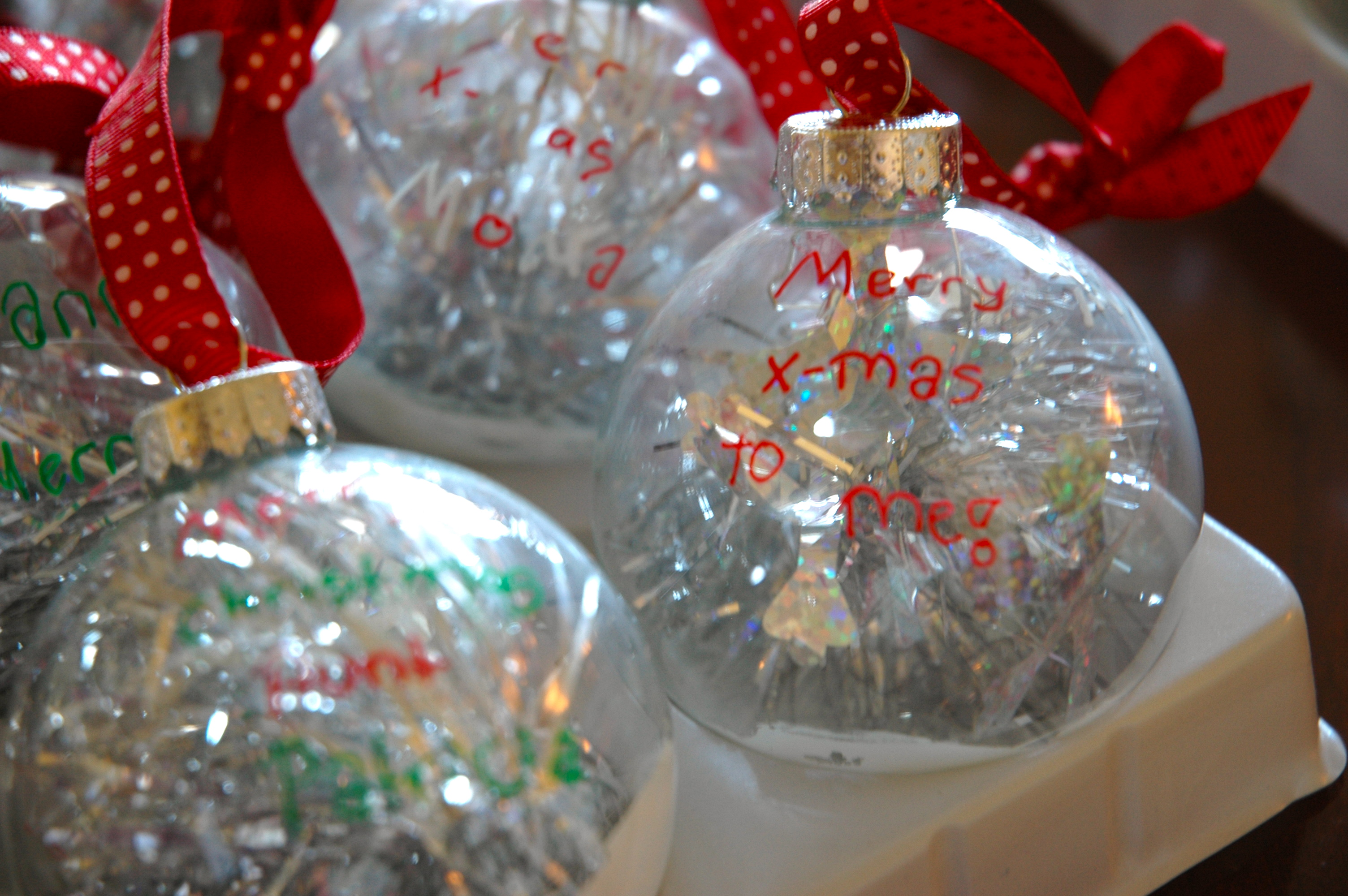 glass ornament decorating - Glass Christmas Bulbs For Decorating
