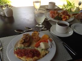 daily breakfast.